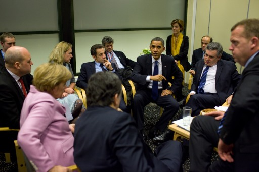 Barack_Obama_Obama_with_European_leaders_at_the_United_Nations_Climate_Change_Conference_in_Copenhagen